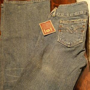 l.e.i Distressed Lowboy Jeans NWT